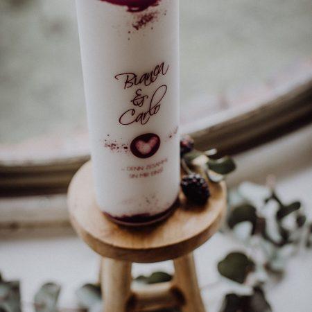 Hochzeitsinspiration Styled Shooting Beere Gold Hochzeitskerze