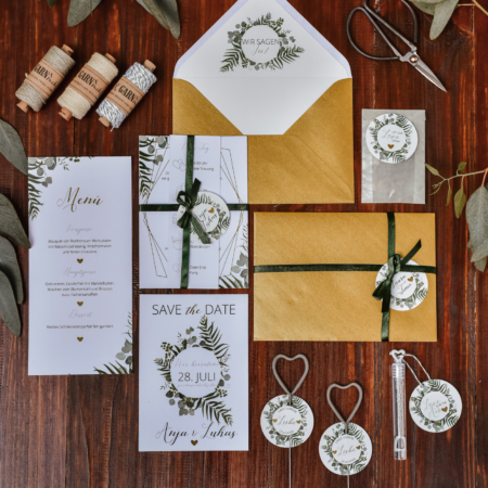Hochzeitsinspiration Styled Shooting Greenery Gold Papeterie