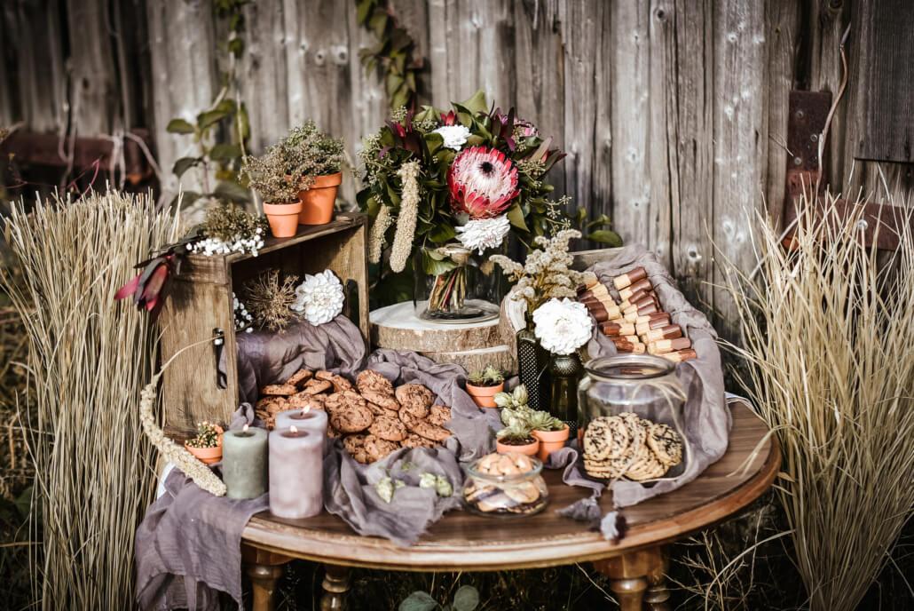 Sweet Table Cookies rustikale Scheunenhochzeit Herbst