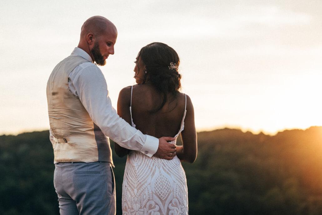 Brautpaar Coupleshooting Sonnenuntergang