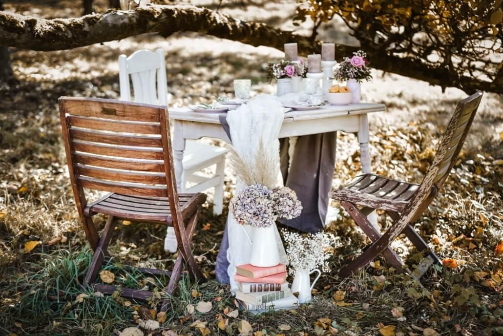 Tischdeko Vintage Chic Hochzeit grau rosa