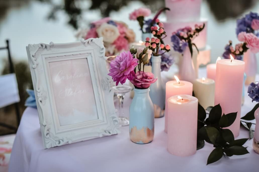 Hochzeitdeko Pastell Rosa und Hellblau mit Gold