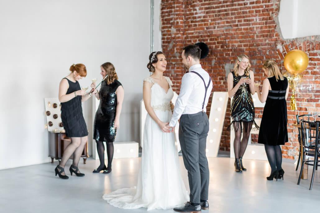 Hochzeitsparty tiny Wedding Golden 20s