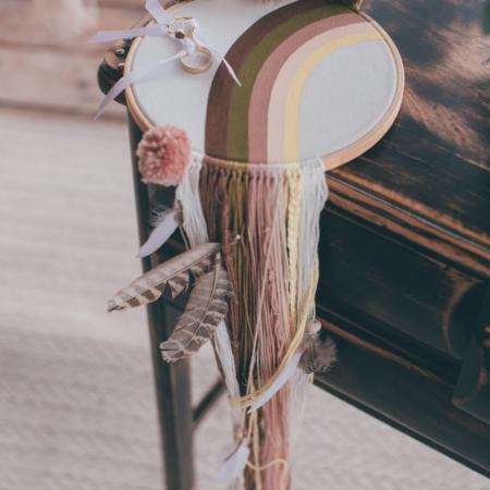 Hochzeitsinspiration Styled Shooting Hippie Yeah Cozy Beachwedding Strandhochzeit Boho Ringkissen