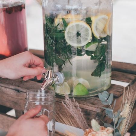 Hochzeitsinspiration Styled Shooting Hippie Yeah Cozy Beachwedding Strandhochzeit Boho Limobar