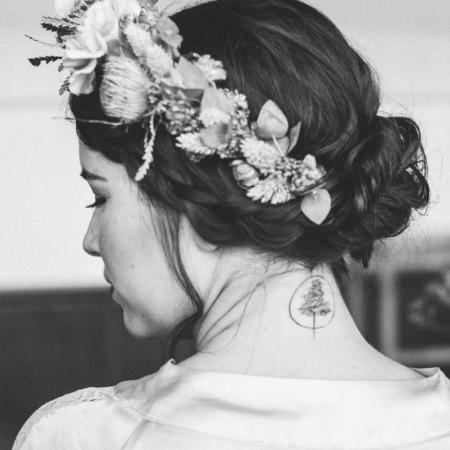 Hochzeitsinspiration Styled Shooting Hippie Yeah Cozy Beachwedding Strandhochzeit Boho Braut Brautstyling Tattoo Partnertattoo