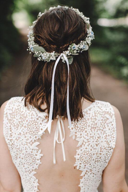 Hochzeitsinspiration Greenery Kupfer Kranich Haarkranz Blumenkranz