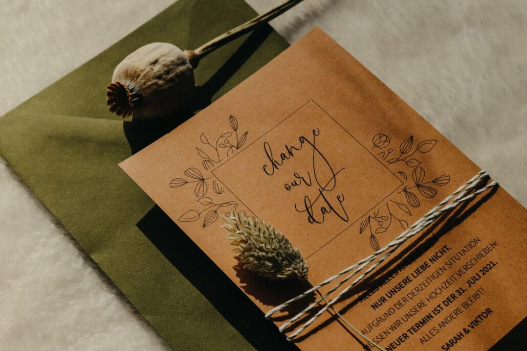 Change the Date-Karte Kraftpapier Garn Trockenblume
