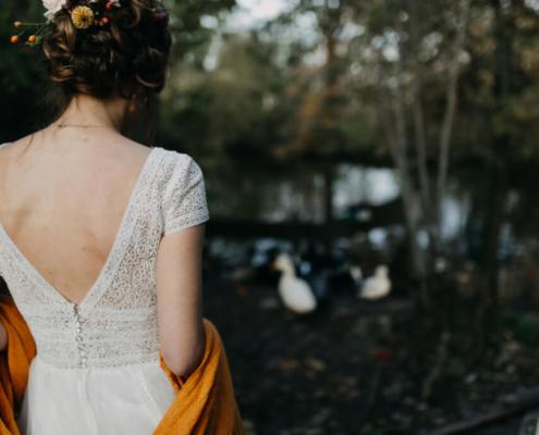 Herbsthochzeit auf der Wasserburg Geretzhoven Braut