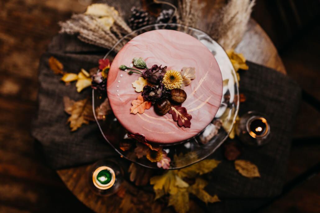 Herbsthochzeit auf der Wasserburg Geretzhoven Hochzeitstorte