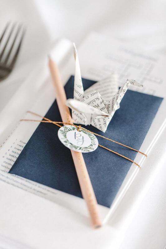 Hochzeitsinspiration Greenery Kupfer Kranich DIY