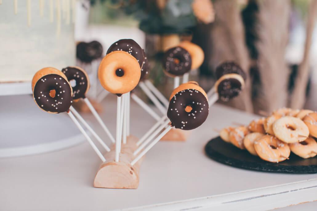 Sweet Table mit Mini Donuts