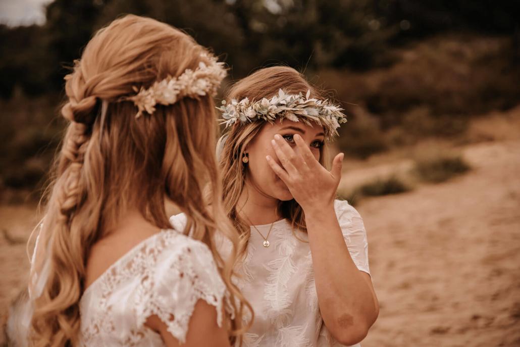 emotionale Braut bei Eheversprechen